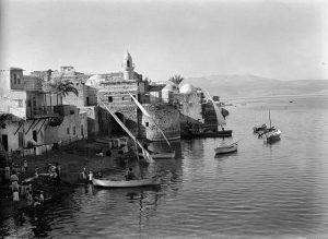 View_of_Tiberias_1900-1920._Matson